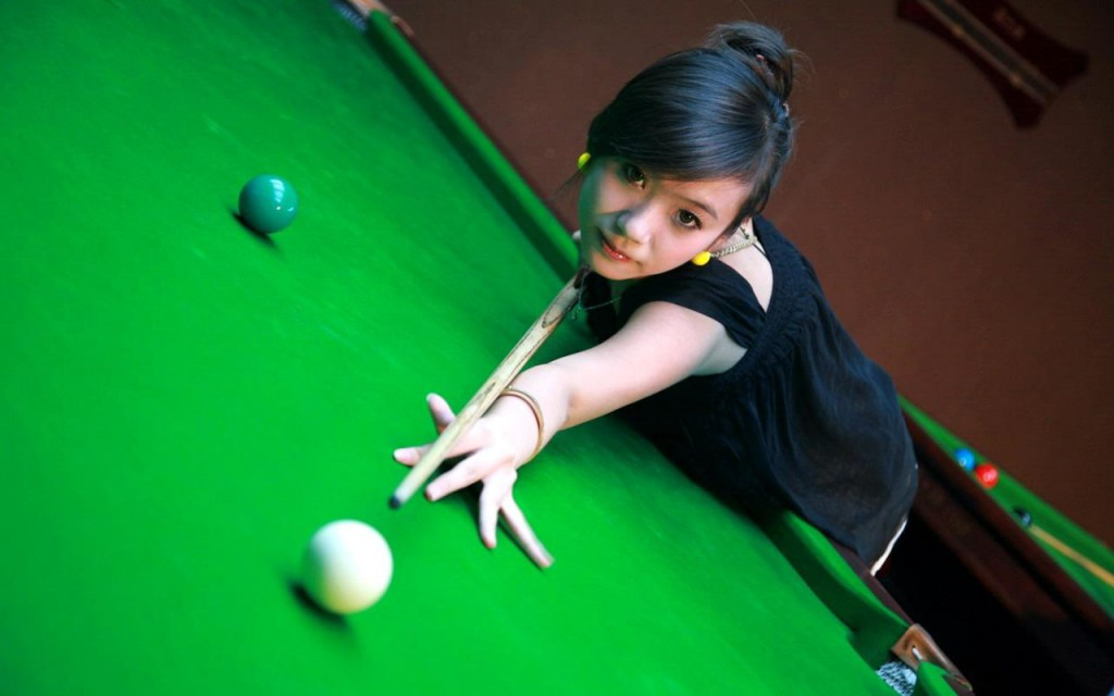 PTS-Sexy-Girls-Billiards-Snooker-Pool-HD-Wallpapers-Free-2